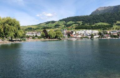 345 m2 Landhaus-Villa mit der totalen See- und Bergsicht  in 5 minutes drive from Küssnacht
