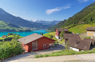 Office block and residential building with a fantastic view of Lake Lungern  in Lungern/Bürglen