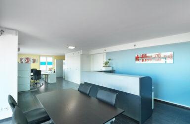 55 m² de bureaux / boutique  in Zug