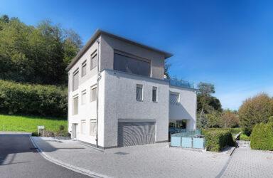 Lussuosa casa unifamiliare indipendente di 7 vani  in Risch