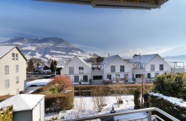 4.5 room maisonette flat with lake and mountain view  in Merlischachen