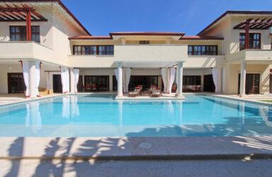 Tausch: 180 m2 Wohnfläche im Kanton Zug mit 1'400 m2 in der Karibik  in Karibik
